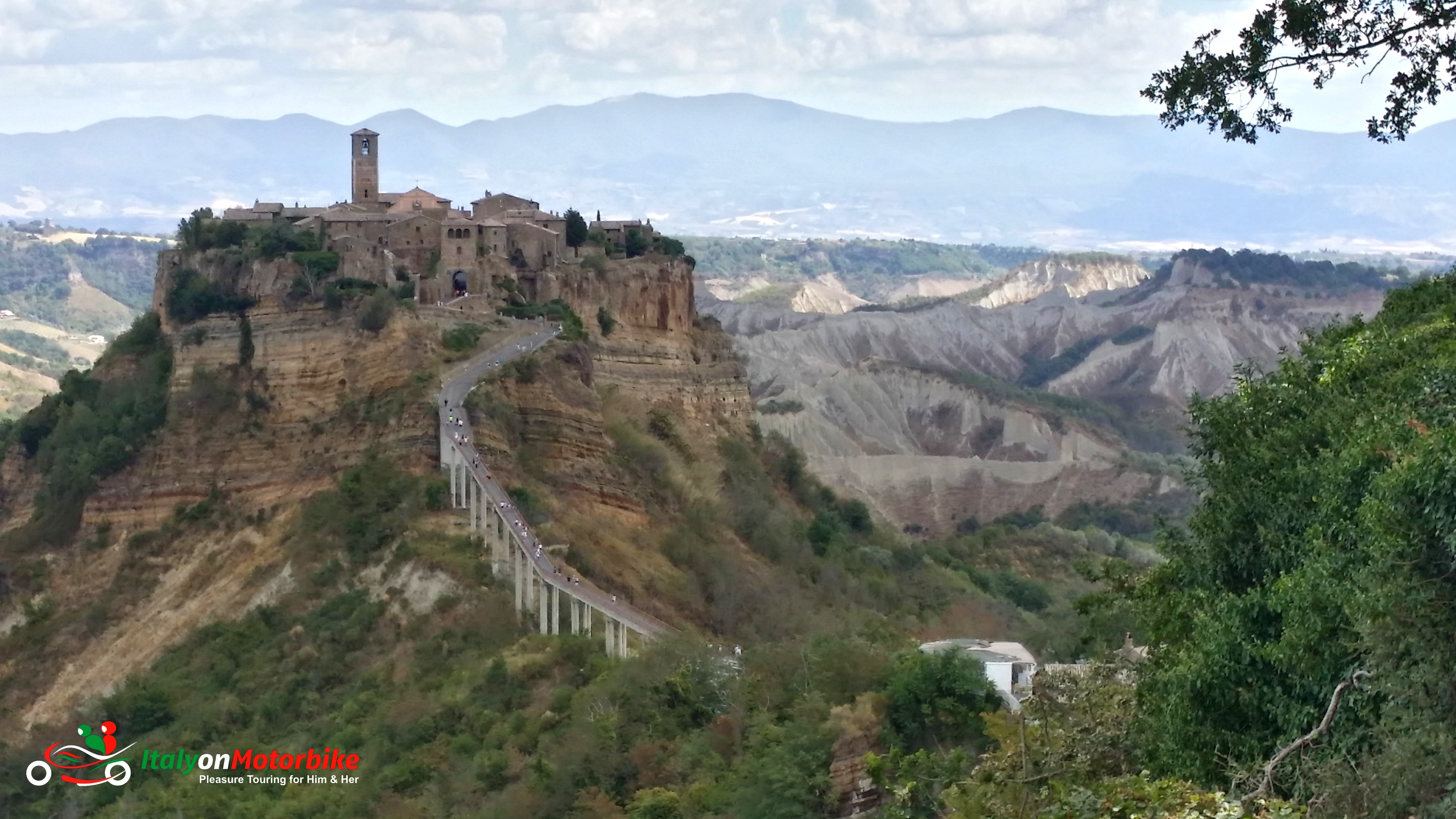 Maximum riding pleasure roadtrip best riding roads touring in italy riding with a local